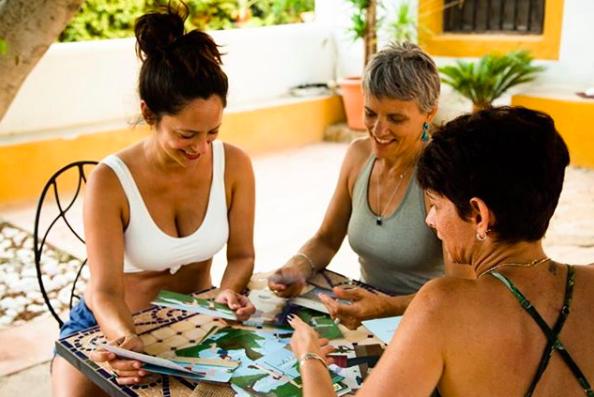 Bowspring cards yoga para niños
